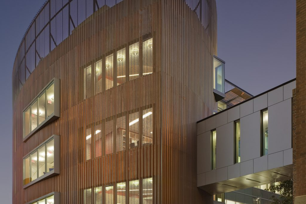 University of Arizona Chemical Sciences Building - Hensel Phelps